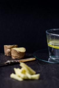 ginger sliced for lemon and ginger tea